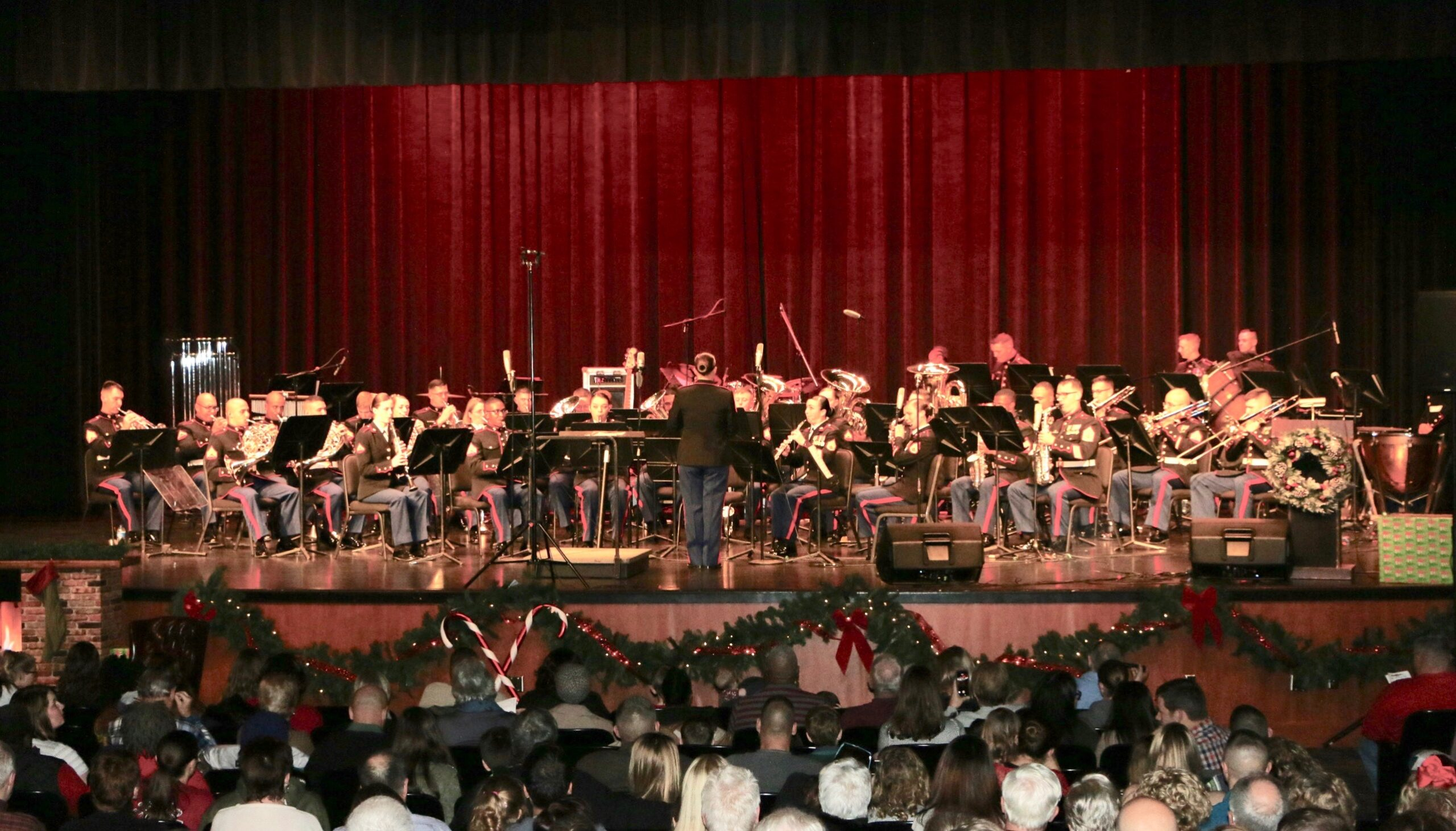Parris Island Marine Band spreads Holiday JOY at Christmas concert